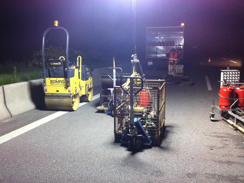 Auch für Reparaturarbeiten in der Nacht sind wir ausgerüstet.